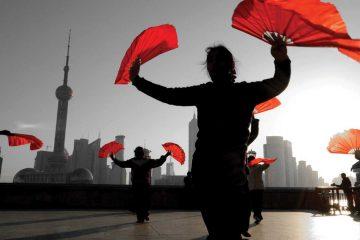 asia-china-shanghai-dancers