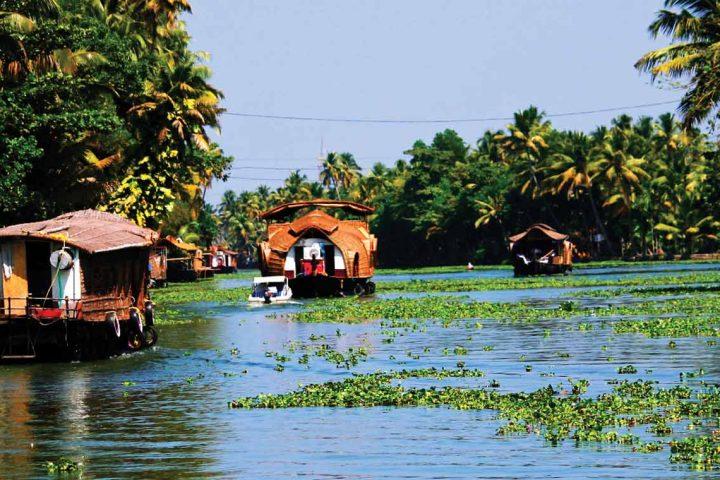 asia-india-kerala-houseboat