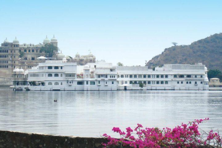 asia-india-lake-palace