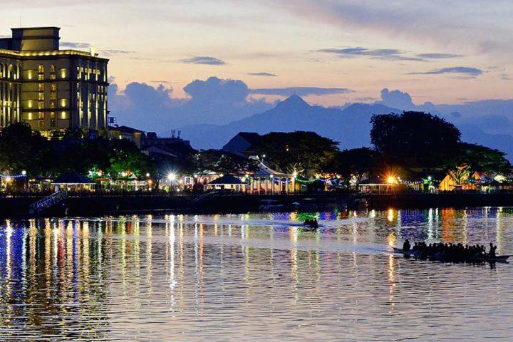 Asia-Malaysia-Kuching-Sarawak-Borneo-Sunset