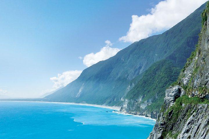 asia-taiwan-taipei-mountain-ocean