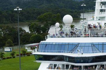 Central-America-Panama-Locks