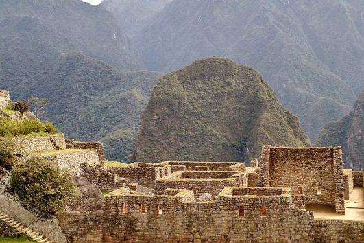 South-America-Peru-Machu-Picchu-Ruins