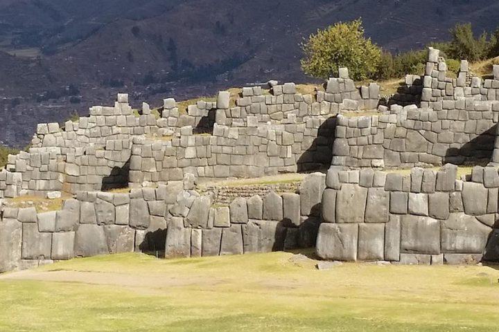 South-America-Peru-Sacsayhuaman-Ruins