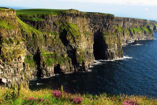 tour-europe-ireland-flavour-of-cliffs-of-moher-3755702_1280-pixabay